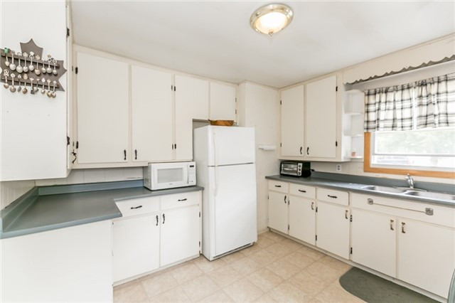 Detached at 339 Mill St, Essa, Ontario. Image 14