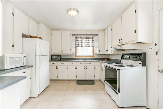 Detached at 339 Mill St, Essa, Ontario. Image 15