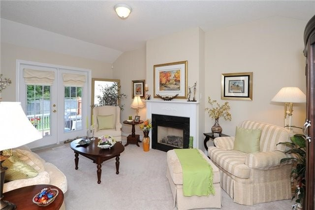 Condo Leasehold at 54 Norm Faulkner Dr, Whitchurch-Stouffville, Ontario. Image 13