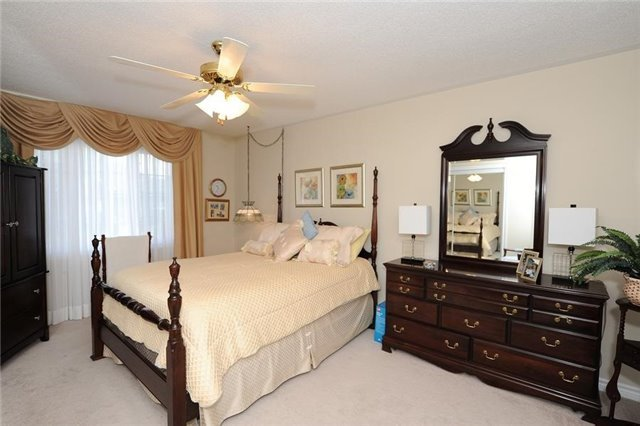 Condo Leasehold at 54 Norm Faulkner Dr, Whitchurch-Stouffville, Ontario. Image 19