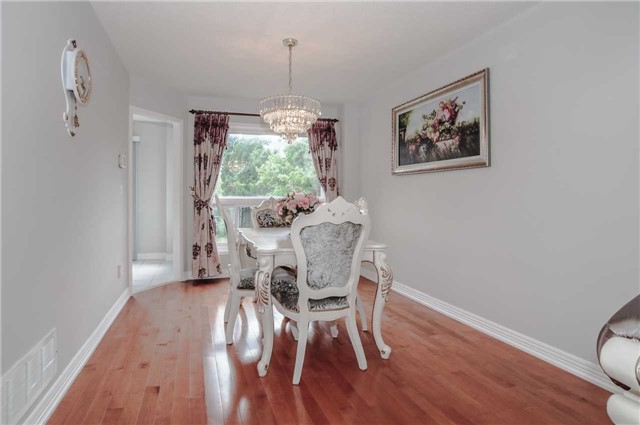 Detached at 44 Charrington Cres, Markham, Ontario. Image 18