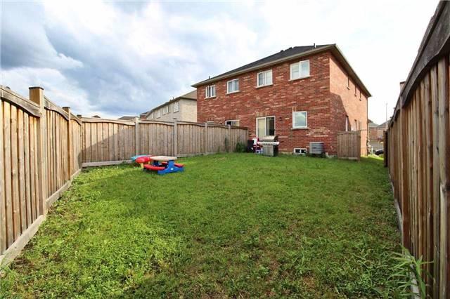 Semi-detached at 94 Borjana Blvd, Vaughan, Ontario. Image 6