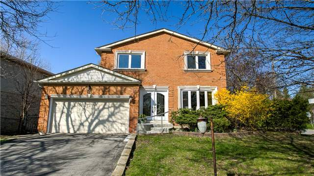 Detached at 115 Willowbrook Rd, Markham, Ontario. Image 1