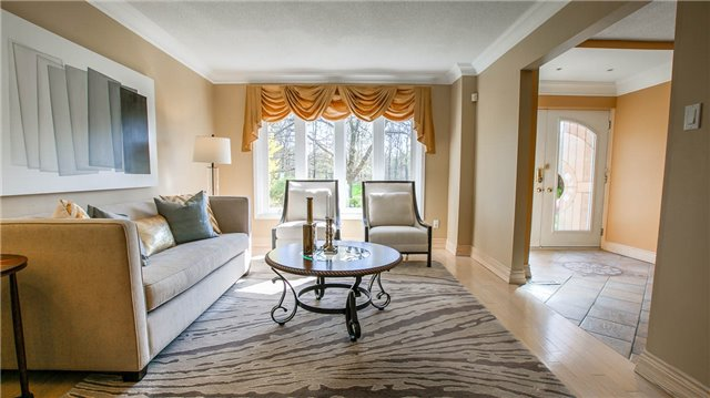 Detached at 115 Willowbrook Rd, Markham, Ontario. Image 10