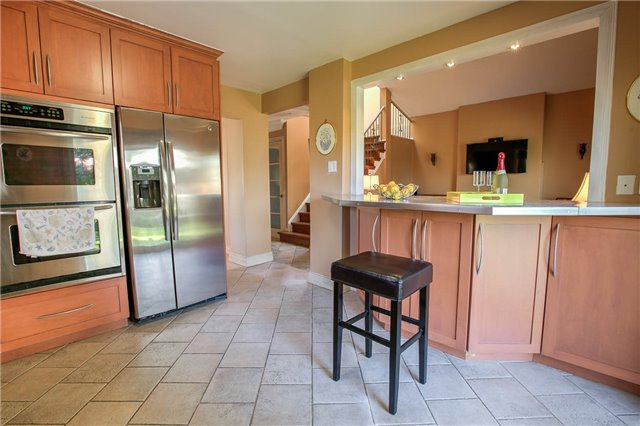 Detached at 115 Willowbrook Rd, Markham, Ontario. Image 13