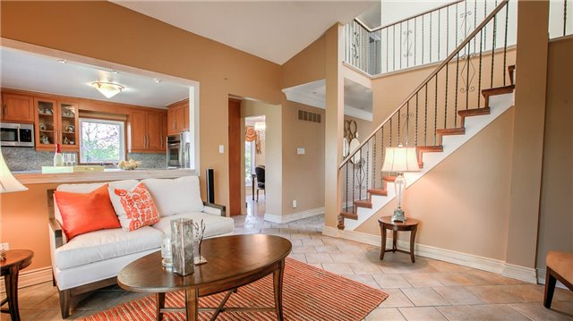 Detached at 115 Willowbrook Rd, Markham, Ontario. Image 15