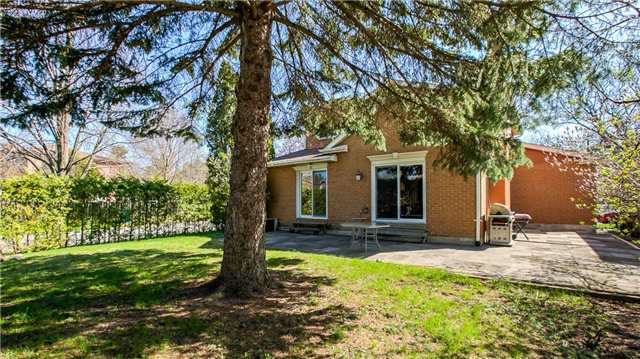 Detached at 115 Willowbrook Rd, Markham, Ontario. Image 6
