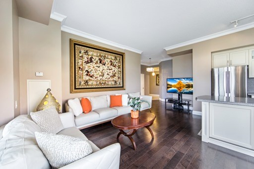 Condo Apartment at 11121 Yonge St, Unit 104, Richmond Hill, Ontario. Image 18