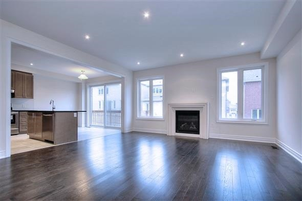 Detached at 41 William Luck Ave, East Gwillimbury, Ontario. Image 15