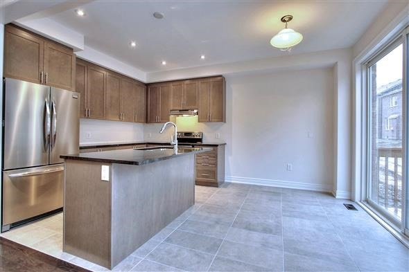 Detached at 41 William Luck Ave, East Gwillimbury, Ontario. Image 17