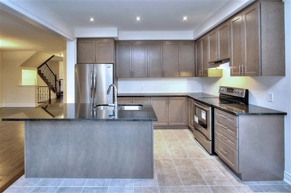 Detached at 41 William Luck Ave, East Gwillimbury, Ontario. Image 18