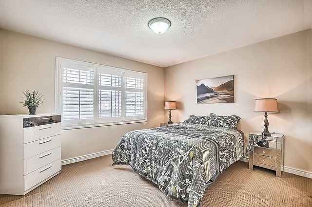 Detached at 29 Bigelow Rd, Whitchurch-Stouffville, Ontario. Image 9