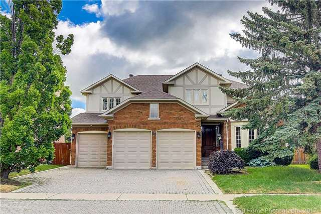 Detached at 52 Chiltern Hill Cres, Richmond Hill, Ontario. Image 1