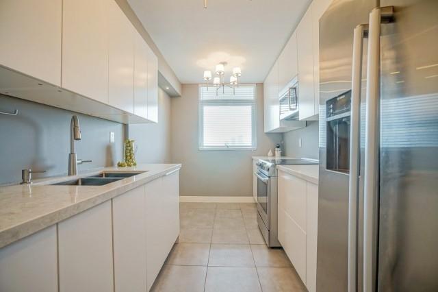 Condo Apartment at 7811 Yonge St, Unit 1109, Markham, Ontario. Image 14