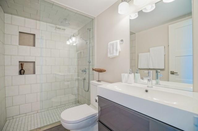 Condo Apartment at 7811 Yonge St, Unit 1109, Markham, Ontario. Image 7