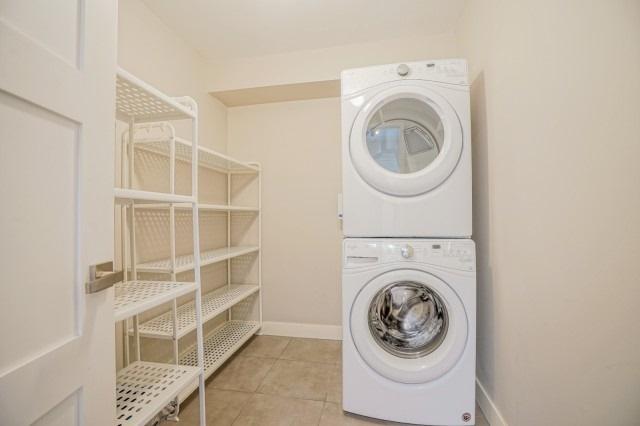 Condo Apartment at 7811 Yonge St, Unit 1109, Markham, Ontario. Image 9
