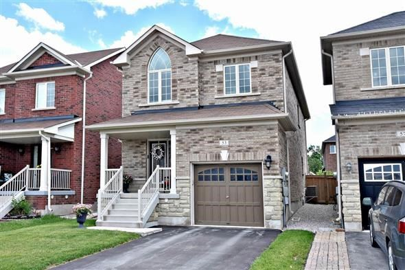 Detached at 53 Mckenzie Way, Bradford West Gwillimbury, Ontario. Image 1