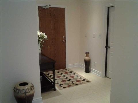 Condo Apartment at 9901 Keele St, Unit 304, Vaughan, Ontario. Image 3