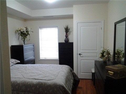 Condo Apartment at 9901 Keele St, Unit 304, Vaughan, Ontario. Image 6