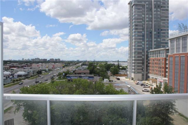 Condo Apartment at 4600 Steeles Ave E, Unit 822, Markham, Ontario. Image 11