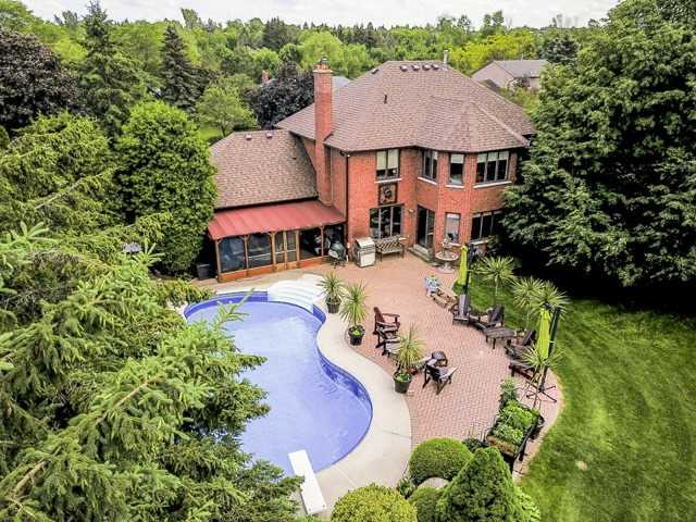 Detached at 70 Humber Valley Cres, King, Ontario. Image 11