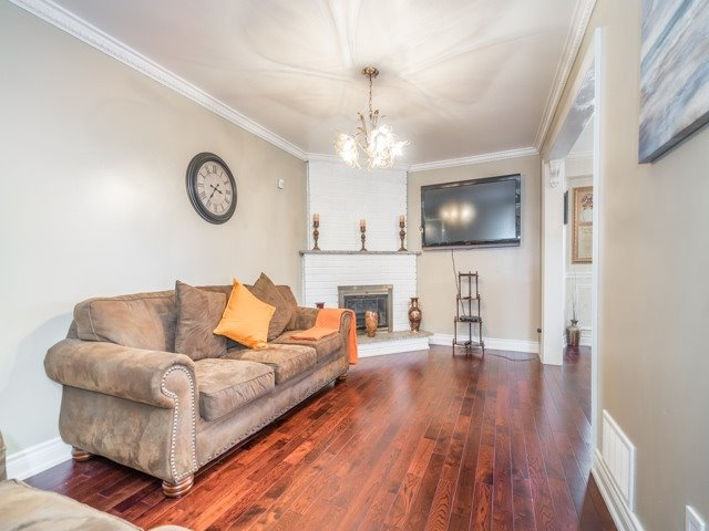 Detached at 146 Barrhill Rd, Vaughan, Ontario. Image 19