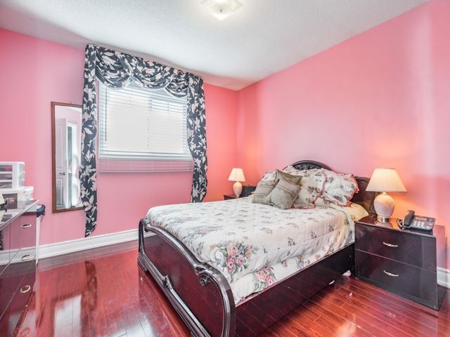 Detached at 146 Barrhill Rd, Vaughan, Ontario. Image 11