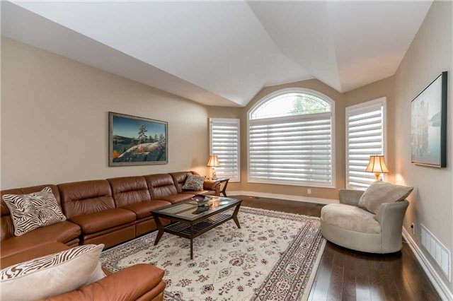 Detached at 159 Ivy Jay Cres, Aurora, Ontario. Image 14