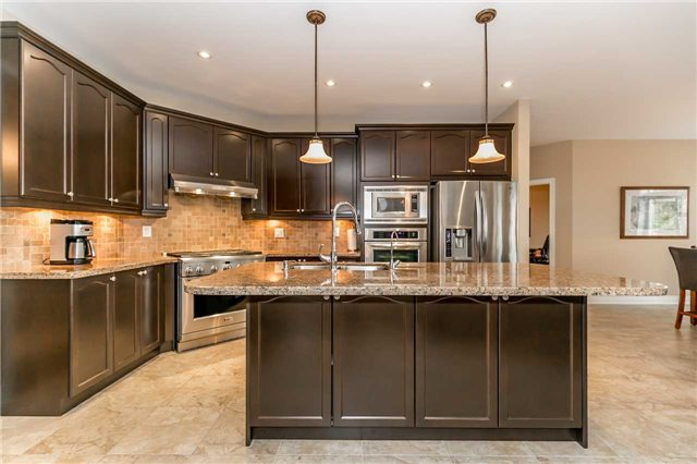 Detached at 159 Ivy Jay Cres, Aurora, Ontario. Image 16