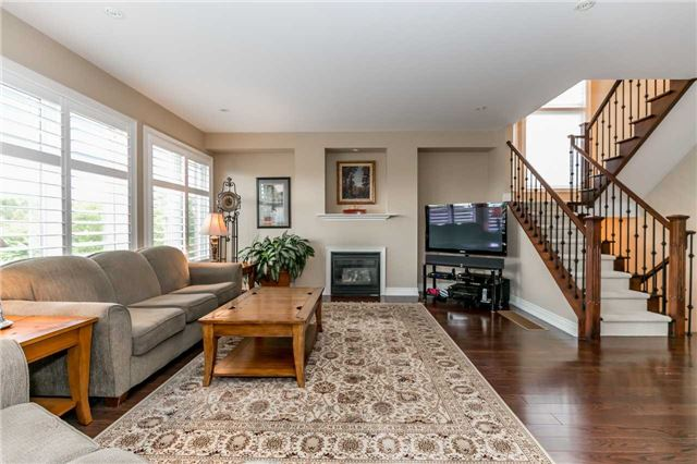 Detached at 159 Ivy Jay Cres, Aurora, Ontario. Image 17