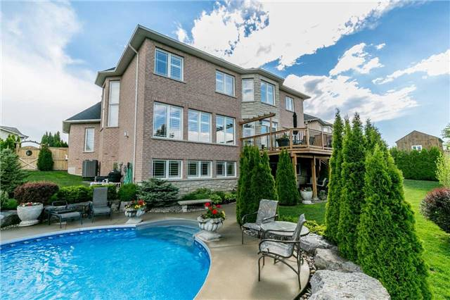 Detached at 159 Ivy Jay Cres, Aurora, Ontario. Image 7