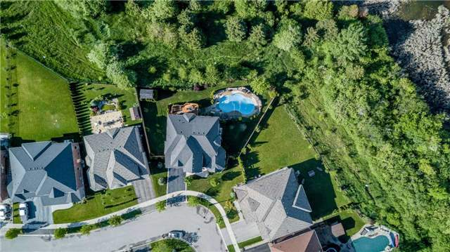 Detached at 159 Ivy Jay Cres, Aurora, Ontario. Image 13