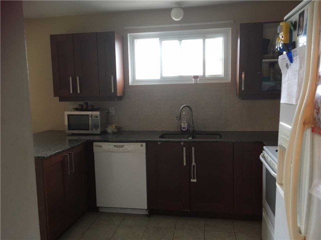 Detached at 118 Winlane Dr, Whitchurch-Stouffville, Ontario. Image 4