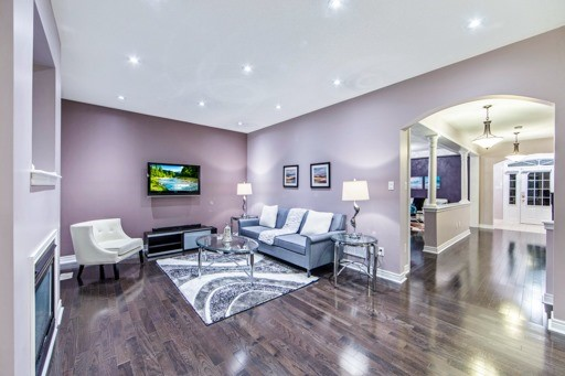 Detached at 131 Greendale Ave, Whitchurch-Stouffville, Ontario. Image 16