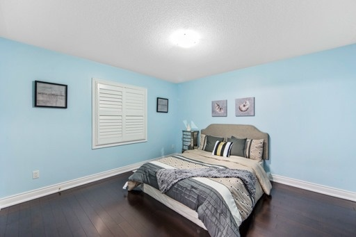 Detached at 131 Greendale Ave, Whitchurch-Stouffville, Ontario. Image 3