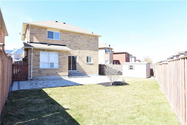 Detached at 81 Westchester Cres, Markham, Ontario. Image 12
