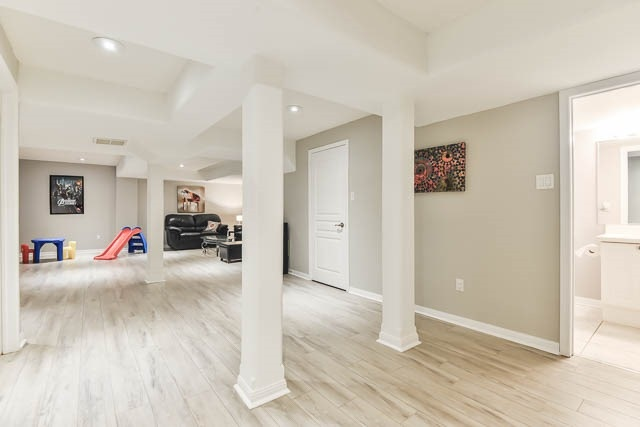 Detached at 82 Sapphire Dr, Richmond Hill, Ontario. Image 10