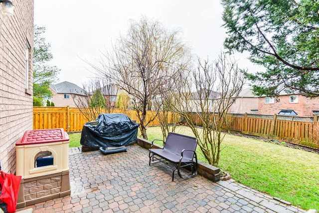 Detached at 82 Sapphire Dr, Richmond Hill, Ontario. Image 11