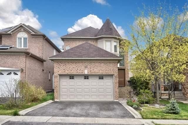 Detached at 30 Rocksprings Ave, Richmond Hill, Ontario. Image 1