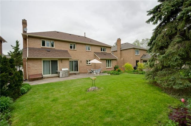 Detached at 9 Arnish St, Vaughan, Ontario. Image 11