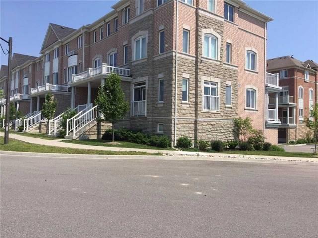 Condo Townhouse at 335 Aldergrove Dr, Markham, Ontario. Image 6