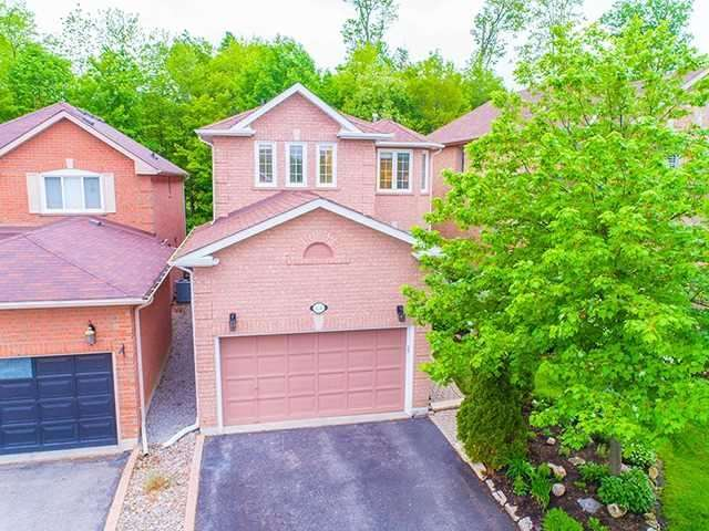 Detached at 434 Carruthers Ave, Newmarket, Ontario. Image 1