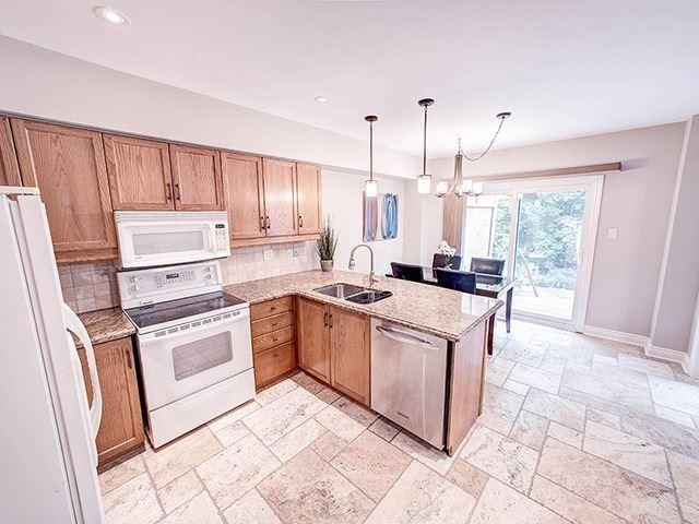 Detached at 434 Carruthers Ave, Newmarket, Ontario. Image 14