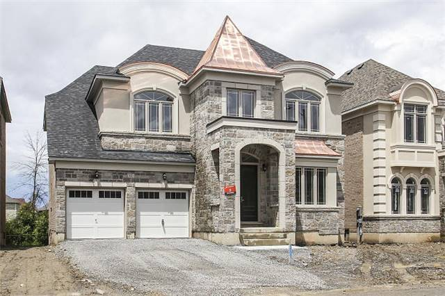 Detached at 12 Rossini Dr, Richmond Hill, Ontario. Image 12