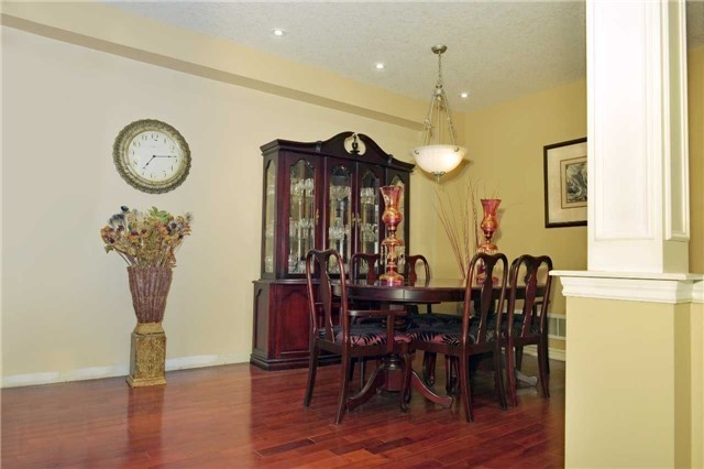 Townhouse at 71 Puccini Dr, Unit 5, Richmond Hill, Ontario. Image 9