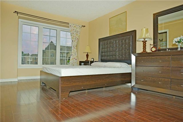 Townhouse at 71 Puccini Dr, Unit 5, Richmond Hill, Ontario. Image 12