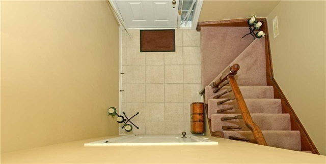 Townhouse at 71 Puccini Dr, Unit 5, Richmond Hill, Ontario. Image 13