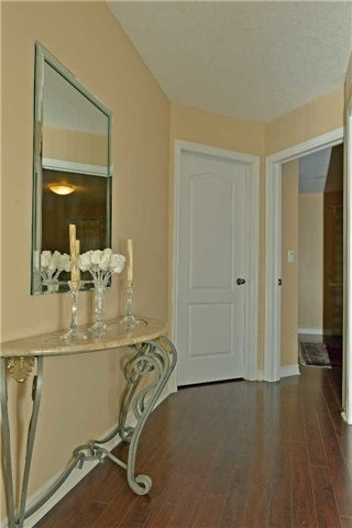 Townhouse at 71 Puccini Dr, Unit 5, Richmond Hill, Ontario. Image 7