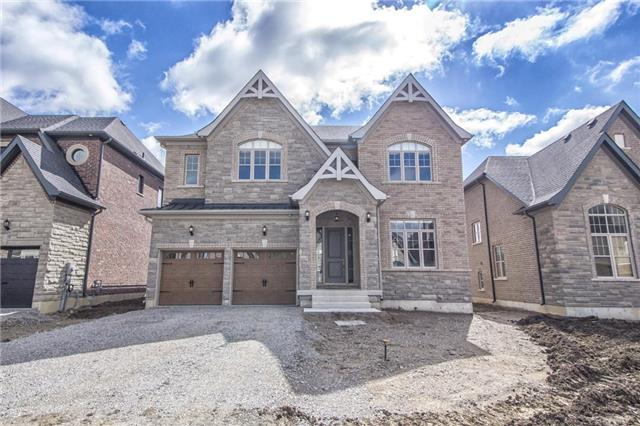 Detached at 30 Britnell Crt, King, Ontario. Image 1