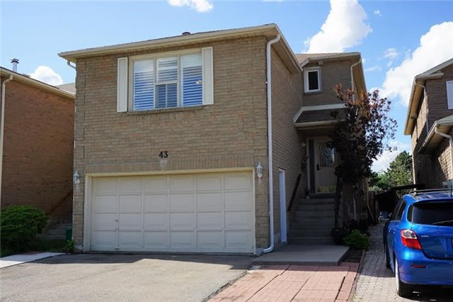 Detached at 43 Croteau Cres, Vaughan, Ontario. Image 1